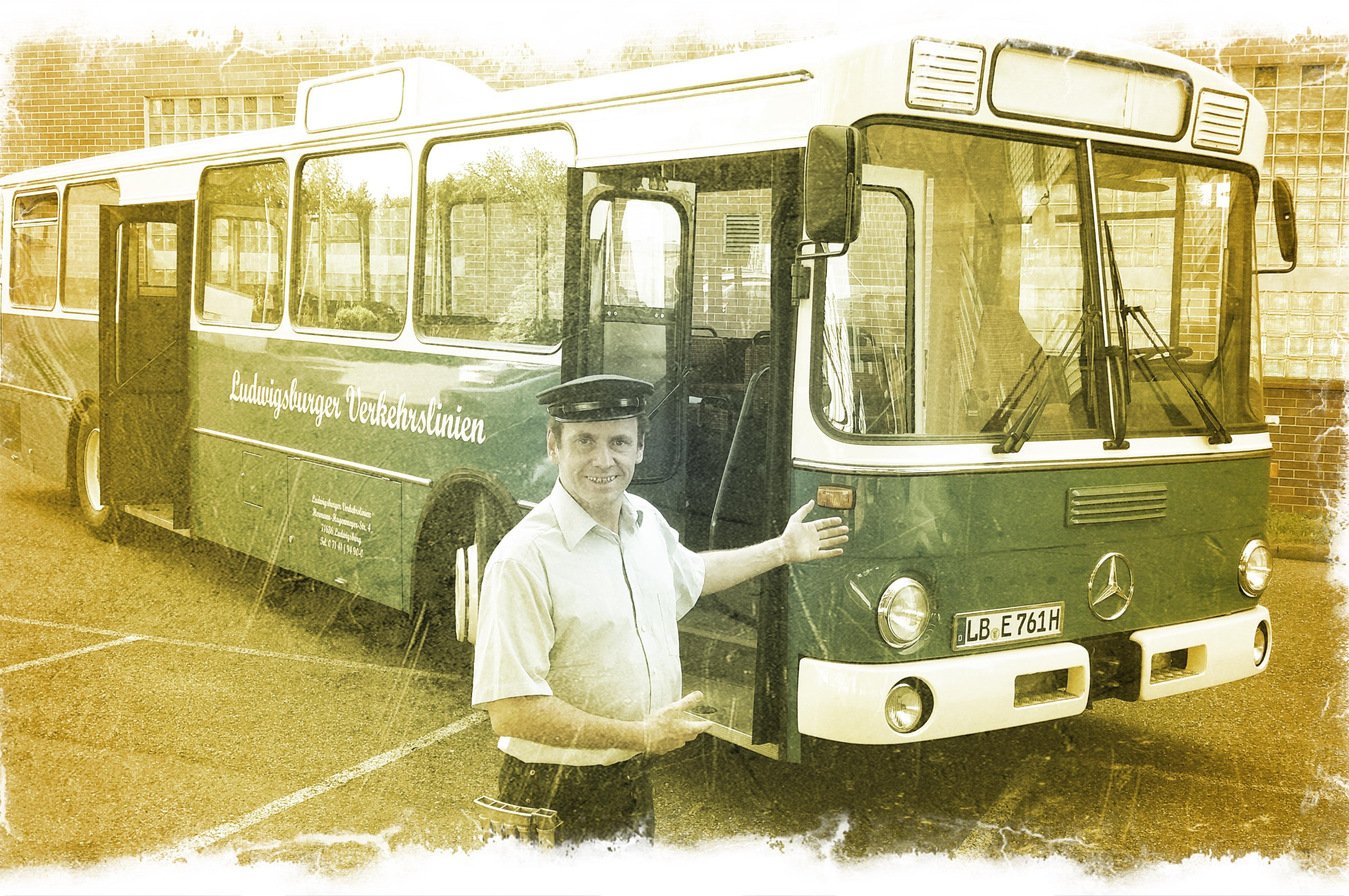 Oldtimer-Bus; Foto: Theater Q-rage