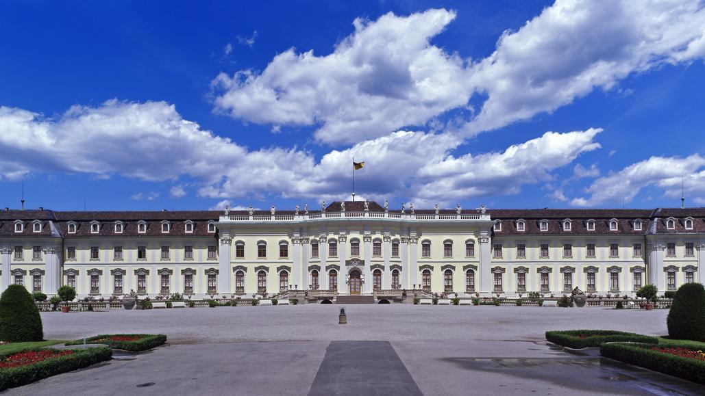 Der Neue Hauptbau des Residenzschlosses Ludwigsburg von der Südseite; Foto: Staatliche Schlösser und Gärten Baden-Württemberg, Ralf Cohen