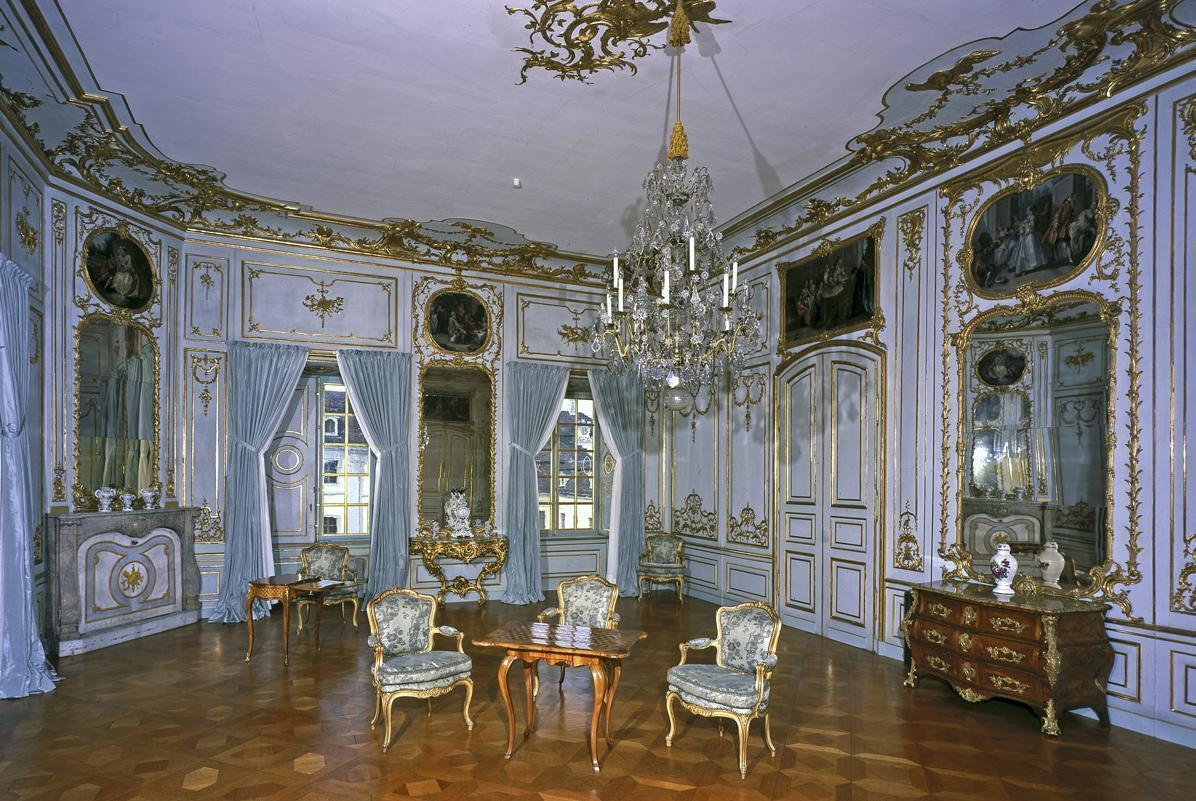 Deuxième antichambre de l'appartement de CarlEugen au château résidentiel de Ludwigsbourg; crédit photo: Staatliche Schlösser und Gärten Baden-Württemberg, ArnimWeischer