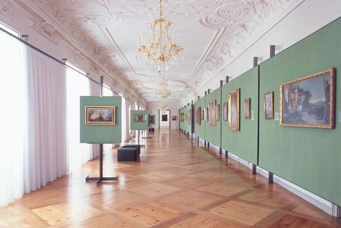 Blick in das Innere der Barockgalerie im Residenzschloss Ludwigsburg