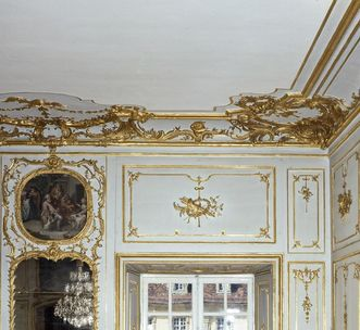 Image: Duke Carl Eugen's second antechamber at Ludwigsburg Residential Palace