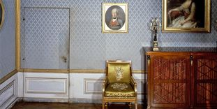 Image: Old writing room with a hidden door in the king's apartment at Ludwigsburg Residential Palace