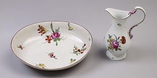 Image: Wash basin and pitcher made of Ludwigsburg porcelain, circa 1750