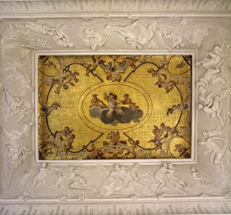 Ceiling fresco with stucco relief in the satyr cabinet at Ludwigsburg Residential Palace. Image: Staatliche Schlösser und Gärten Baden-Württemberg, Arnim Weischer