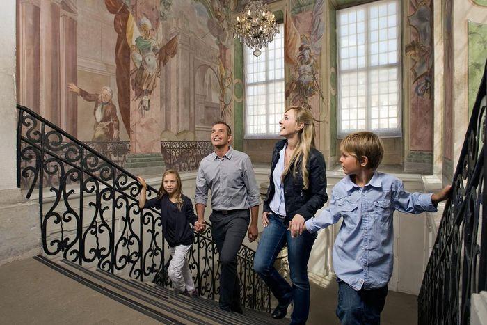 Visiteurs au château résidentiel de Ludwigsbourg