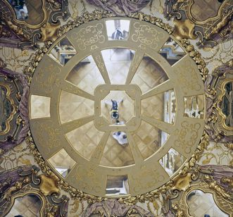 Ceiling of the hall of mirrors at Ludwigsburg Residential Palace. Image: Landesmedienzentrum Baden-Württemberg, Dieter Jäger