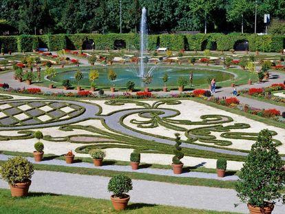 Residenzschloss Ludwigsburg, Blick über den Nordgarten als Teil des Blühenden Barock