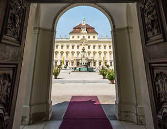 View of the palace courtyard at Ludwigsburg Residential Palace. Image: Staatliche Schlösser und Gärten Baden-Württemberg, Thomas Wagner