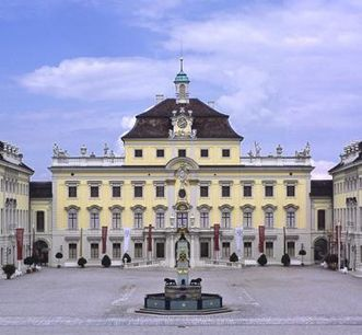 The old central building at Ludwigsburg from the south. Image: Staatliche Schlösser und Gärten Baden-Württemberg, Ralf Cohen