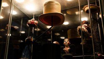 Chapeaux au musée de la Mode du château résidentiel de Ludwigsbourg