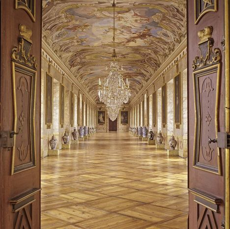 Ludwigsburg Palace, A look inside the Ancestral Hall