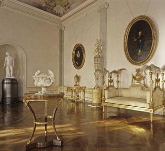 Antechamber to Queen Charlotte Mathilde's apartment at Ludwigsburg Residential Palace. Image: Staatliche Schlösser und Gärten Baden-Württemberg, Steffen Hauswirth